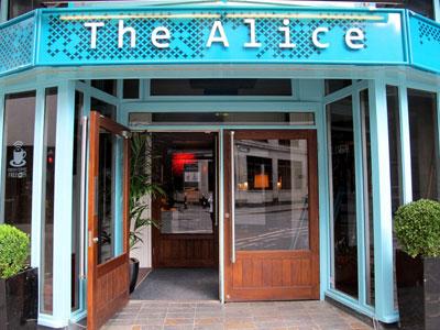Alice bar, 133 Houndsditch, London, EC3A 7BX